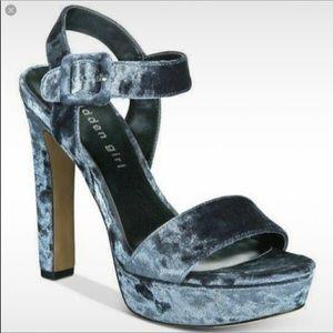 Madden Crush Blue Velvet Heels 7.5